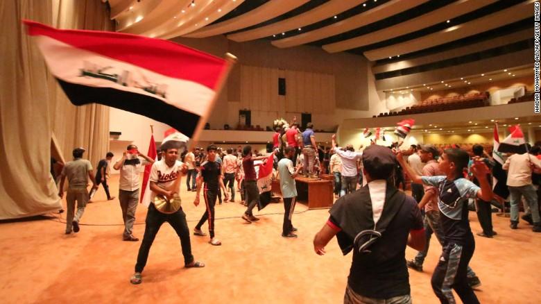 Green-Zone Protests: Is Iraq Sleepwalking Into Iran?