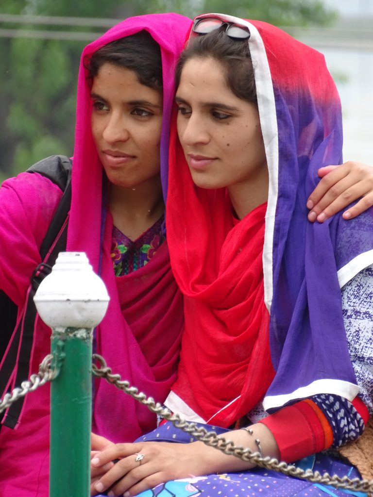 Young Women in Nishat Bagh Garden, Srinagar, Jammu & Kashmir. Pic Credit: Adam Jones / Flickr